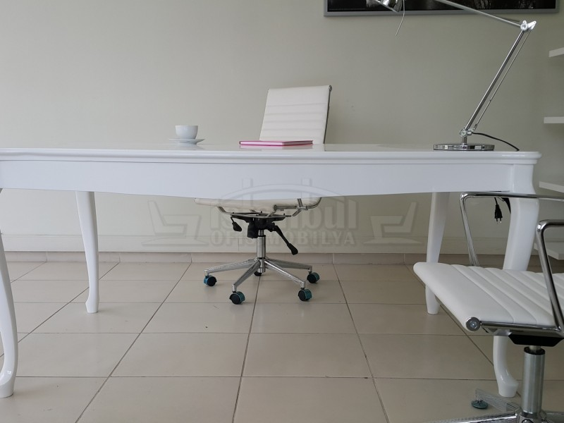 Lake Lukens Beyaz Ofis Çalışma Masası Alda