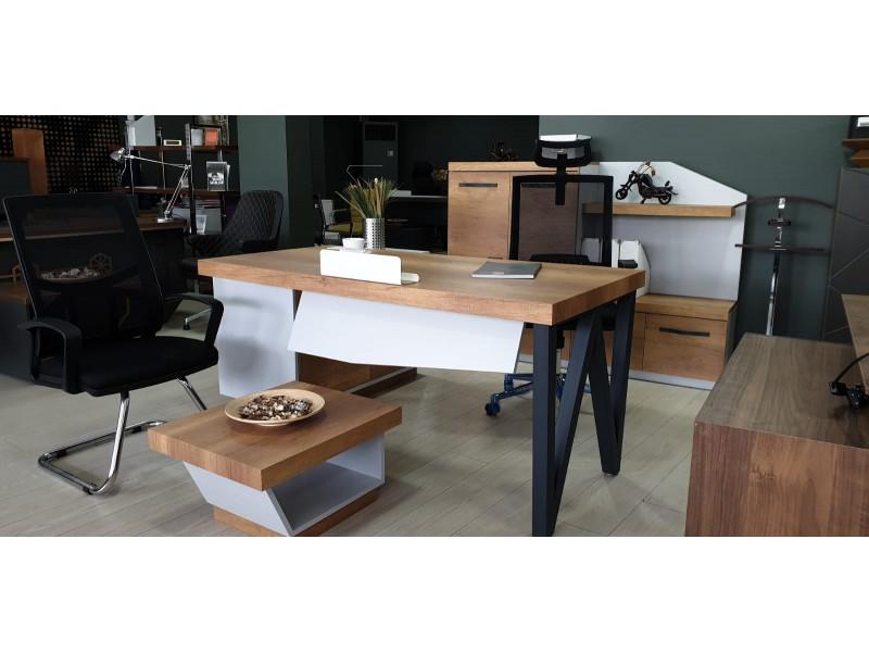 Ofis Masası Uzay